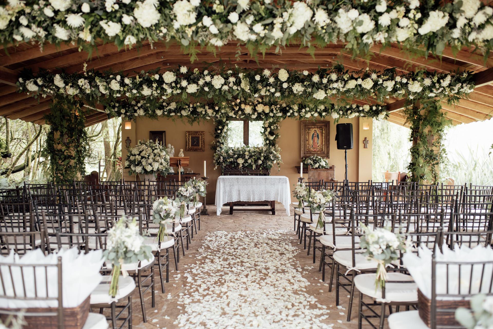 wedding chapel decoration
